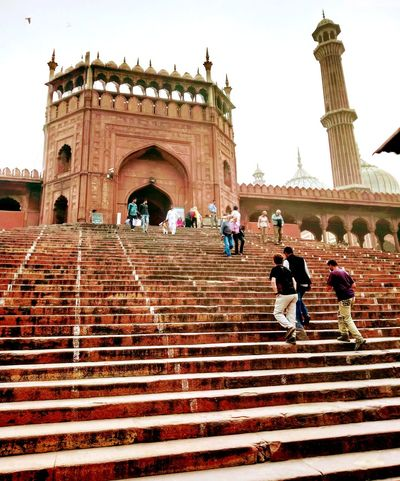 JamaMasjid Flight Of Stairs Steps Large Group Of People Evening Time Architectural Monument Mughal Marvel Indian Heritage Travel Destination Traveling Exploring Outdoors CapturingMoments Smog Winter Begins Random Acts Of Photography Delhi, India Perspectives On Nature EyeEmNewHere An Eye For Travel The Architect - 2018 EyeEm Awards The Great Outdoors - 2018 EyeEm Awards The Traveler - 2018 EyeEm Awards