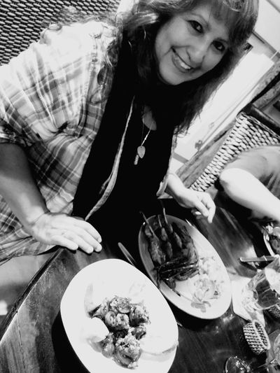 Delicioso Dining With Friends Dinner Happy Beautiful Beauty Black And White Happiness Beautiful Smile Women Plate High Angle View Table