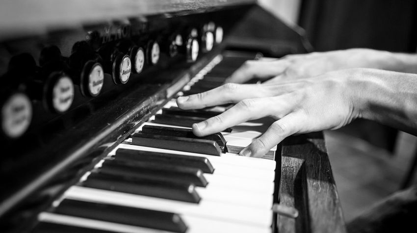 Arts Culture And Entertainment Church Music Close-up Human Body Part Human Hand Indoors  Music Music Player Music Playing Musical Instrument Musician One Person Pianist Piano Piano Key Piano Play Piano Player Piano Playing Pipe Organ Pipe Organ Player Playing Real People Selective Focus Skill  Wedding Music