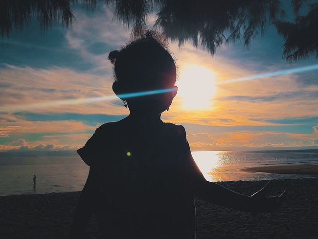 Sunset One Person One Woman Only Cloud - Sky Nature Sky Sea Beach Beauty In Nature Backgrounds Photographer Photographic Memory Streetphotography Sea And Sky Landscape EyeEm Best Shots Photojournalism Professional Photograph Wallpaper Photography PhonePhotography Photographerlife Nature No People