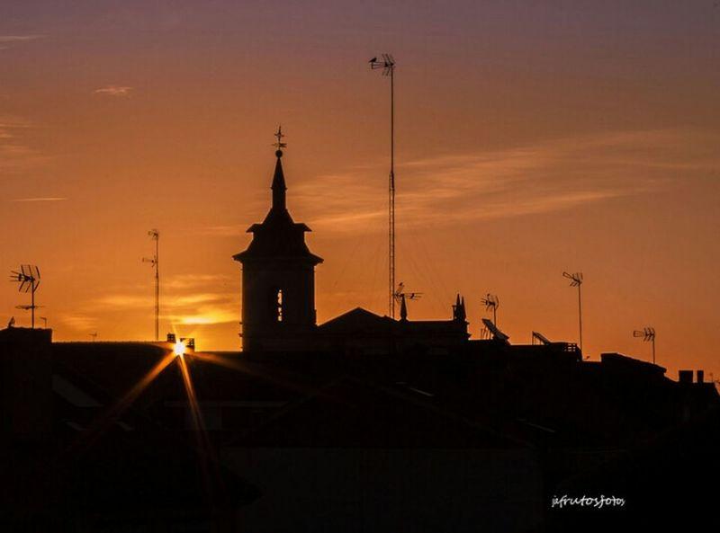Desde mi ventana Contraluz Amanecer Fuenlabrada Dawn Backlighting Sunrise