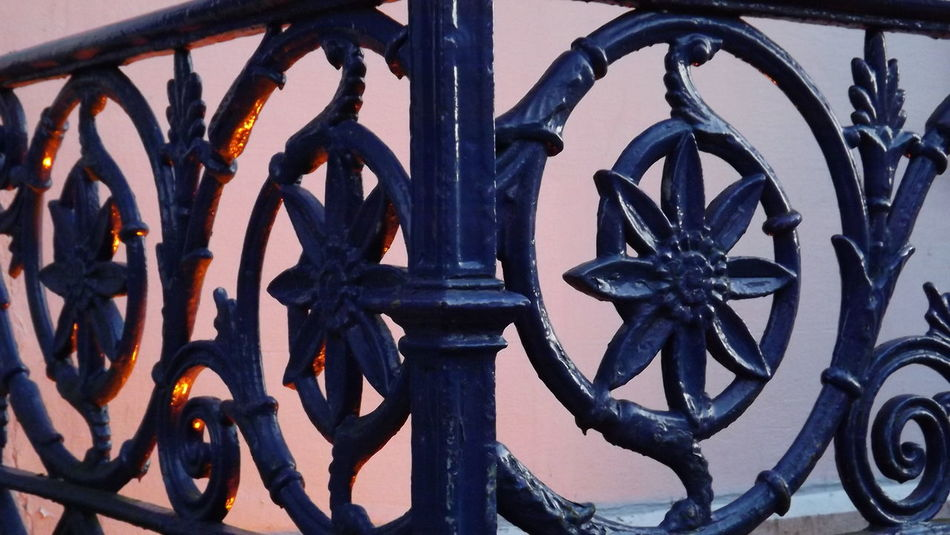 Cast Iron Architecture Blue Close-up Design Eye4photography  EyeEm Gallery Flowers Hotcolors Lights Metal Metallic No People Rusty Sheen