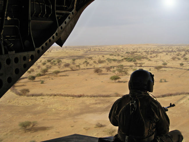Chinook Dessert Door Gunner Helicopter Landscape Outdoors Rear View Sky EyeEmNewHere Airforce Mali Army Flight Barkhane