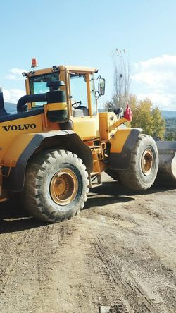 Construction Industry Construction Site Road Construction Construction Equipment Sky Machinery Development Construction Machinery Industry Construction Vehicle Tractor Outdoors Turkey No People Day Volvo Volvocars Ağırlık 6ton Volvol120