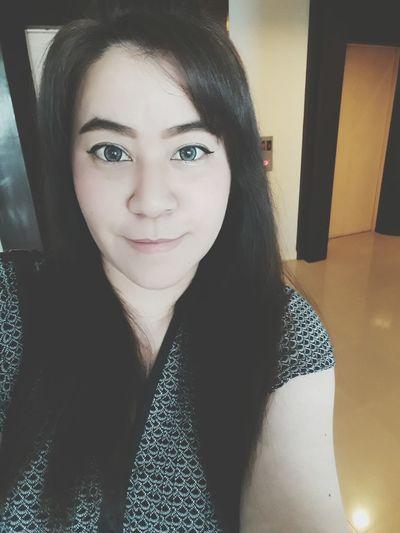 Happy Saturday~ Hello Word Self Potrait Its Me :) It's Me Smiles Happy Its Me Selfie Portrait Self Portrait