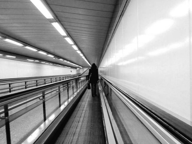 Forward.... Blackandwhite Bnw_life_shots Bnw Bnw_madrid MetroMadrid Urbanlife People Bnwpeople Walk Perspective