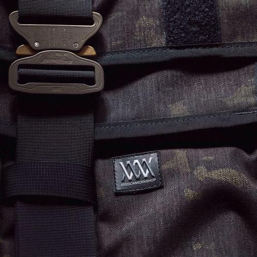 Product shot Missionworshop Backpack Photography