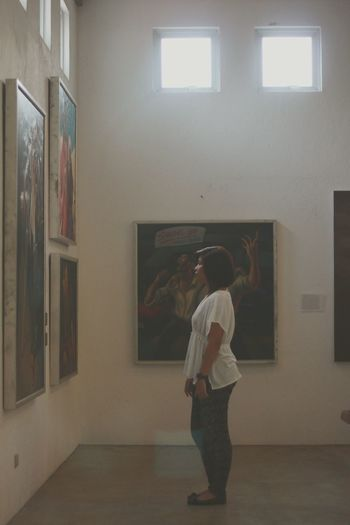 Art appreciation day! But hey. She's the one who's appreciated 😍 EyeEm Phillipines Arts Traveling Randomshot Pintoartmuseum Ⓜ