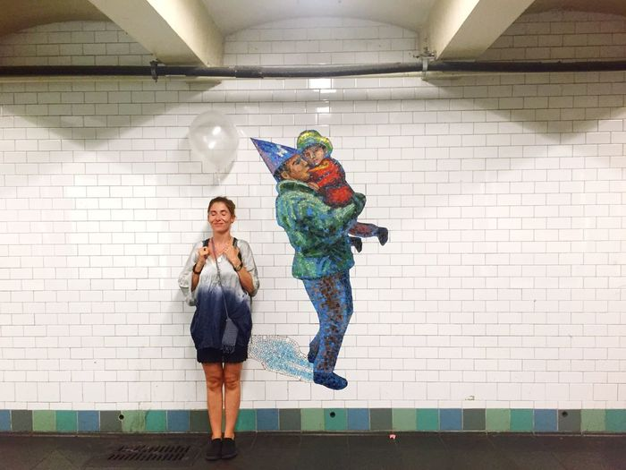 Self Portrait Around The World NYC Subway Midnighttravelling Happyunderground Balloonhead Balloons Subwayphotography