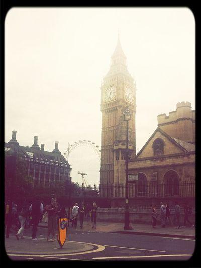 Hello World Travel London Holiday hellooo london!
