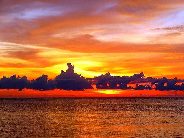 AhhhhhhMazing!!! Atmosphere Atmospheric Mood Beauty In Nature Cloudy Dusk Florida Sunset Indian Rocks Beach Indian Rocks Beach, FL Majestic Orange Color Sky Sunset Over The Water The MOST Beautiful Sunset I Have EVER Seen!!!! Tranquility