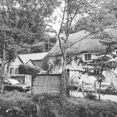 Helford Helfordriver Cornwall Cottage Thatch Romantic English English Countryside Blackandwhite EyeEm Gallery Eyeemblack&white Rustic