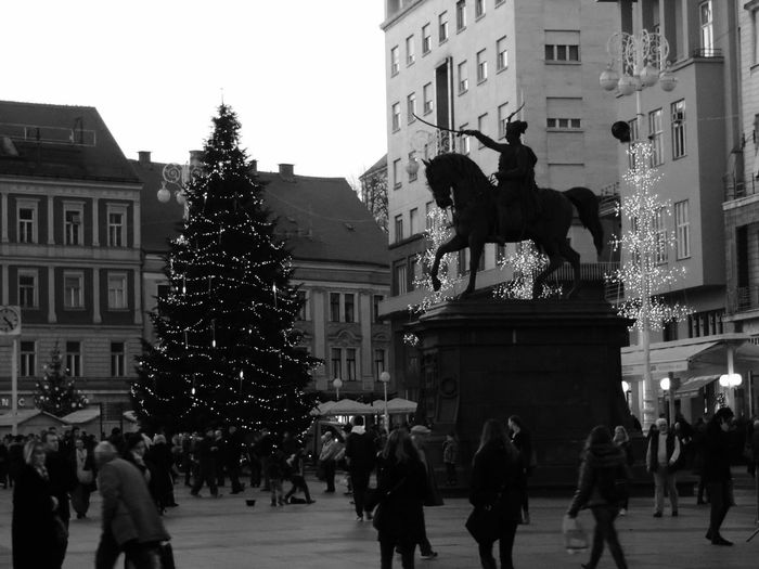 Zagreb, Croatia New Year Around The World Calm Before The Storm Getting Ready For New Years Eve! Shadows & Lights From My Point Of View Zagreb Tak Imam Te Rad EyeEm Best Shots - Black + White The Square The Statue