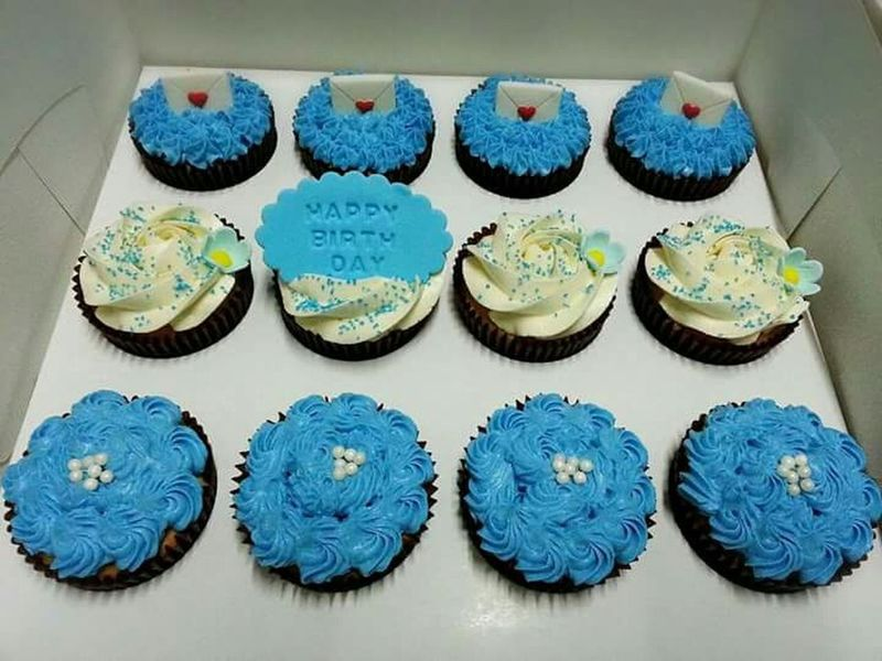Cobalt Blue By Motorola Birthday Cupcakes Made By Me my little happiness. Thank you for ordering.😊😊