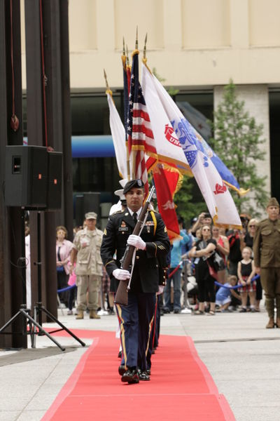 2016 memorial day in Chicago Air Force American Flag Armed Forces Army City Of Chicago Independence Day Marines Mayor Rahm Emanuel Memorial Day National Guard Navy Patriotism Salute To America Tribute