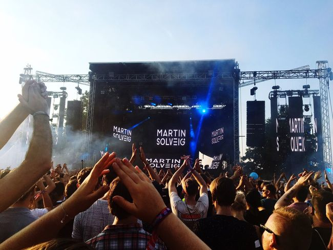 Lollapalooza ❤️ Crowd City Berlin Festival Festival Season Lollapalooza Lollaberlin Lollapalooza2016 Fun Besttime Martinsolveig Music Brings Us Together