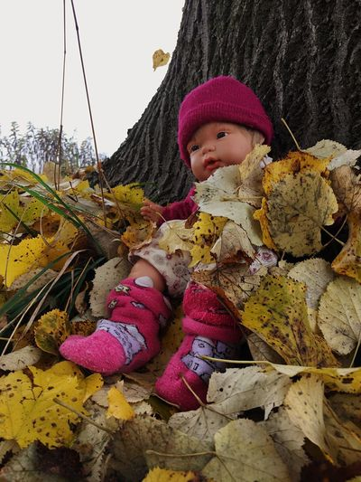 Doll Photography Children Only Outdoors Dolls Doll Autumn Autumn🍁🍁🍁 Streetphotography Urban Kidsphotography IPhone