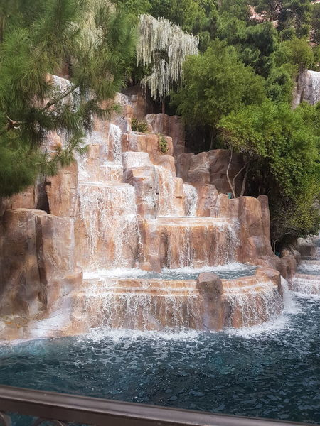 EyeEmNewHere Waterfall Man Made Beauty Las Vegas Hotel No Filter Needed Peaceful View Relaxing Holiday Pretty Beautiful Place