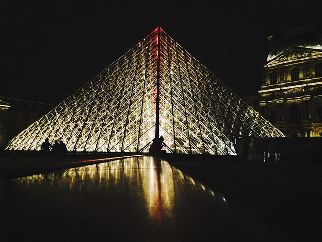 Paris, France  Louvre Louvre Pyramid Night Traveling Taking Photos