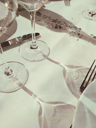 Special Occasions Dinner Table Dinner Table Set  Formal Dining Formal Evening Well-set Eleganza Cloth Napkins Tablecloth Table Setting Silverware  Argenteria Cena Di Classe Elegant Sparkling Shiny Formelle Abendessen Abendessen Dinner Party Gläser Glasses Bicchieri Glasses :)