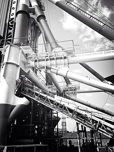 Enjoying Life Japan Steel TowerLC V(^_^)V鉄萌え(。◕‿◕。)