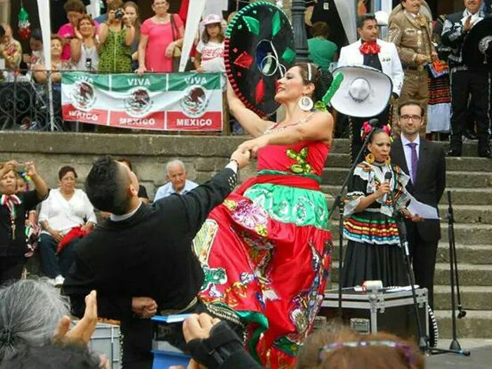 Fair Shout Mexican National Holiday Barcelona Spanish people(Pueblo Español Montjuic)