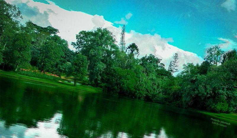 At KanDawGyi Garden Garden Mountain Lake