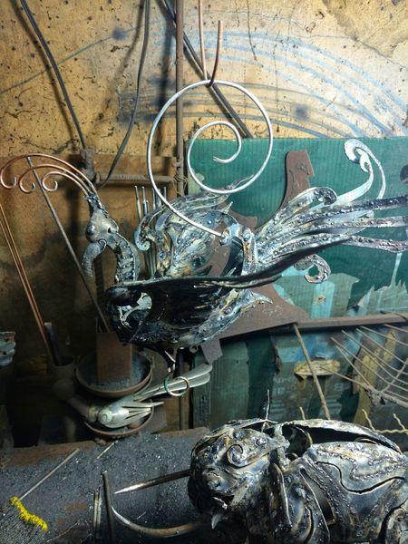 #นกฟินิกซ์แขวนเชิงเทียน Sculpture Sculptures Sculpturesofinstagram Sculpturesbythesea Sculptureoftheday Steelsculpture Metalsculpture Sliced Metal Sculptures Close-up ArtWork Sculpted