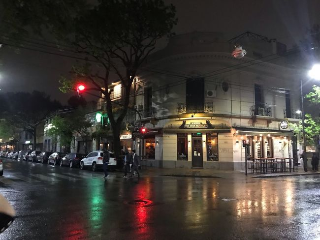 Going to a bar in BA Cellularphotography Rainy Days Night City Illuminated Architecture Building Exterior Transportation Street