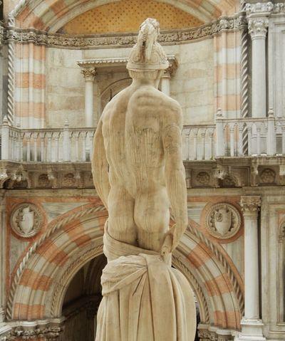 Bum Sculpture Venezia Venexia Venice Doge's Palace Palazzoducale