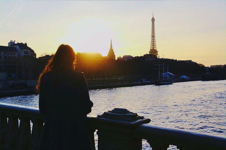 Portrait Of A Woman Parispics Parisienne Paris Parisiangirl Parisian Love France Toureiffel Sunset Laseine