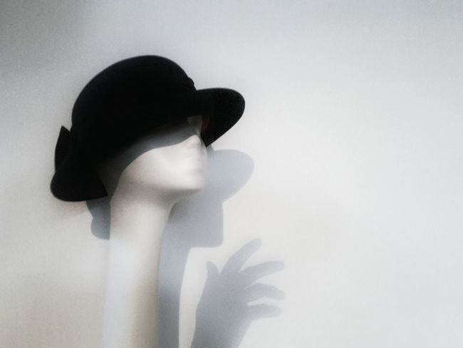 Unreal and real | White Album Hat Mannequin My Hand  On The Wall Creative Works Creative Light And Shadow Showing Imperfection Getting Inspired Alone Silence Black And White The Portraitist - 2016 EyeEm Awards Telling Stories Differently EyeEm Italy |