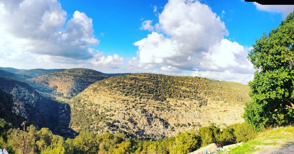 The climb is tough, but when you get to the top, the view is great. Showcase: January Taking Photos Enjoying Life Myshot EyeEm Nature Lover Cyrenaica Libya Check This Out Follow4follow Followme 😉 🌲🌲🌻🌷🌹