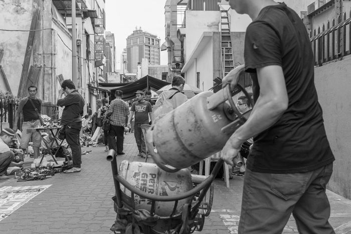 Kuala Lumpur October 22, 2016 A Slice Of Life All About Life Asian Street Photographer B China China Town Daily Life Flea Markets FUJIFILM X-T1 Mahfuz Jaffar Monochrome Pasar Karat People Petaling Street Street Fashion Street Light Street Photography Street Photography - EyeEm Awards 2016
