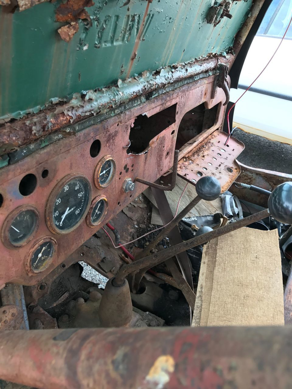 rusty, abandoned, transportation, no people, damaged, day, outdoors, close-up