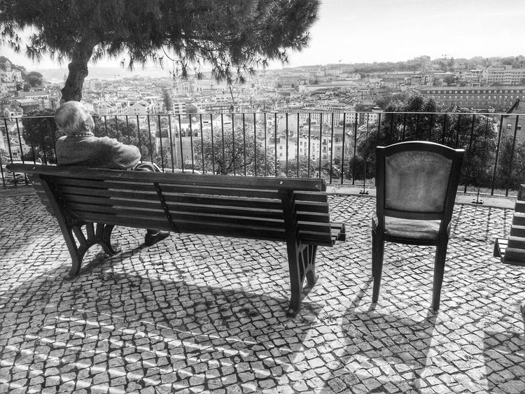 Pick your seat Lisbonlovers Lisbon Streetphotography Blackandwhite