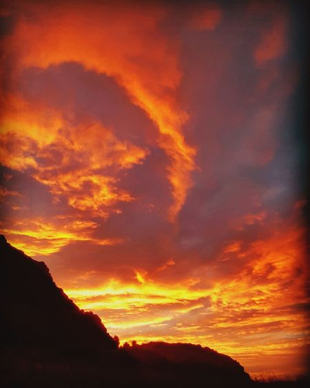 Edinburgh Arthur Seat Sunrise Sunset Silhouette Red Dramatic Sky Orange Color Sky Cloud - Sky Power In Nature