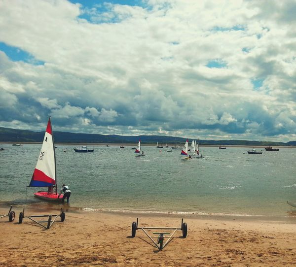 Summertime @ Aberdovey ... Sails Beach Seaside Wales Summer Estuary пляж Playa