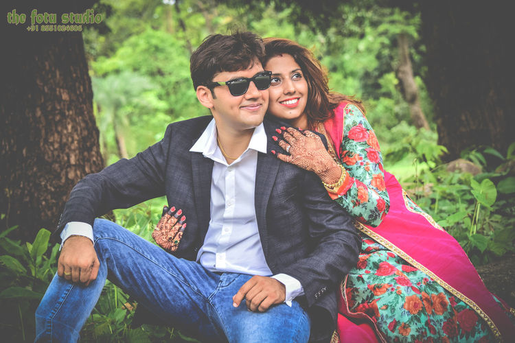 Thefotustudio First Eyeem Photo IndianWedding Couplephotoshoot Shaadi_saga Weddingimages Weddingcouple Brideandgroom Weddingsutra Prewedding Weddinglovers Wednet Bestwedding RoyalCouple Couple2k17 Wedding_villa Weddingstory Beautifulcouple Candidphotography Bestphotographer Uniqueprewedding Wedding Photography Wedding Photos Weddingpride