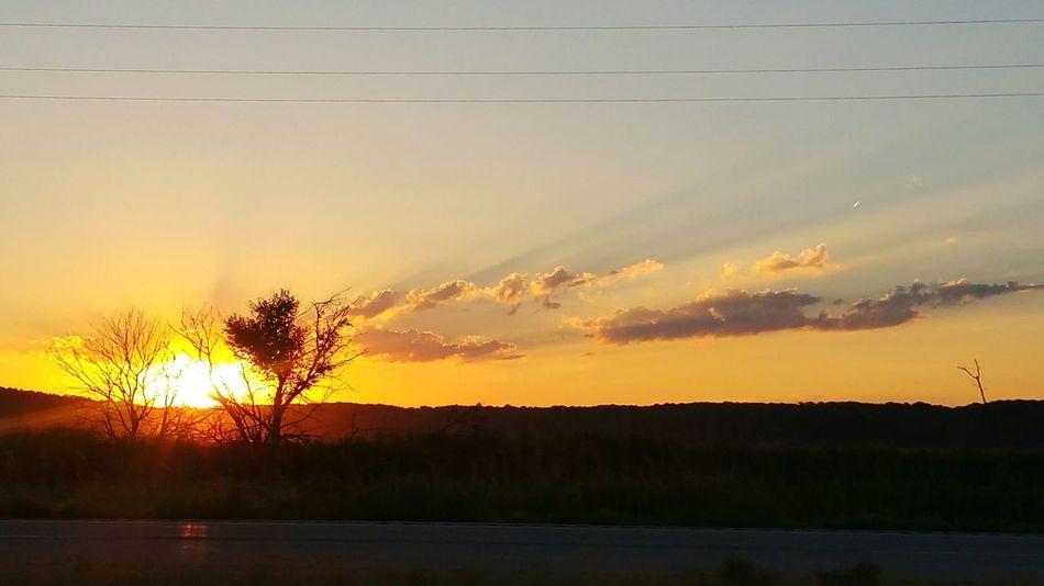 Got to enjoy this beautiful sunrise on my drive from South Dakota to Kansas today. Hello World Check This Out Hanging Out Taking Photos Road Trip Road Tripping Flying Solo Sunrise Sunrise And Clouds Sunrise Porn On The Road Sunriselovers Clouds And Sky Sun And Clouds Sun And Trees