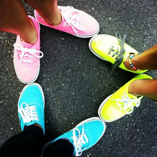 Vans triangle...so hipster. Vans Vans_are_cool Triangle Neon blue pink yellow legs anklet