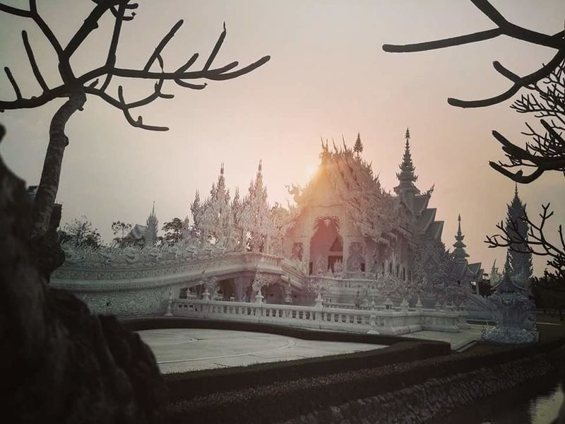 Travel Architecture Outdoors Sky Sunstet Wat Watrongkhun WatRongKhunWhiteTemple White Temple Thailand