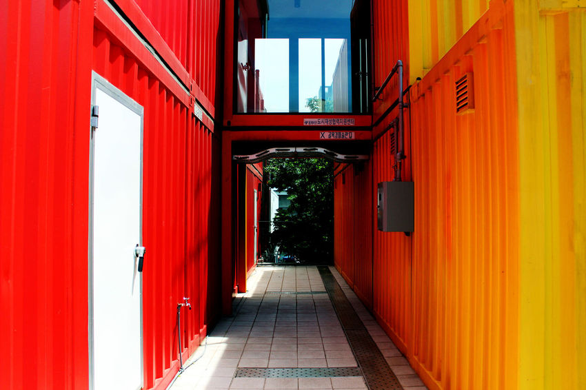 Platform Cangdon 61 Platform61 Seoul Korea Architecture Building Exterior Built Structure Changdong Containers Day Outdoors Red Kard Rumor Twice Signal