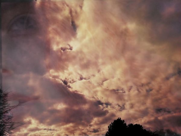 Girl Power That's Me Cool_capture_ Overlays Eye4photography  Sky Sundown Eye4photography Samsungphotography Clouds Color Palette Uniqueness