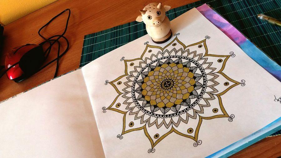 Mandala Art No People Daylyart Mandalaart Black Gold Blackandgold Lovethis Kecske Myhobby Working Day Workinprogress