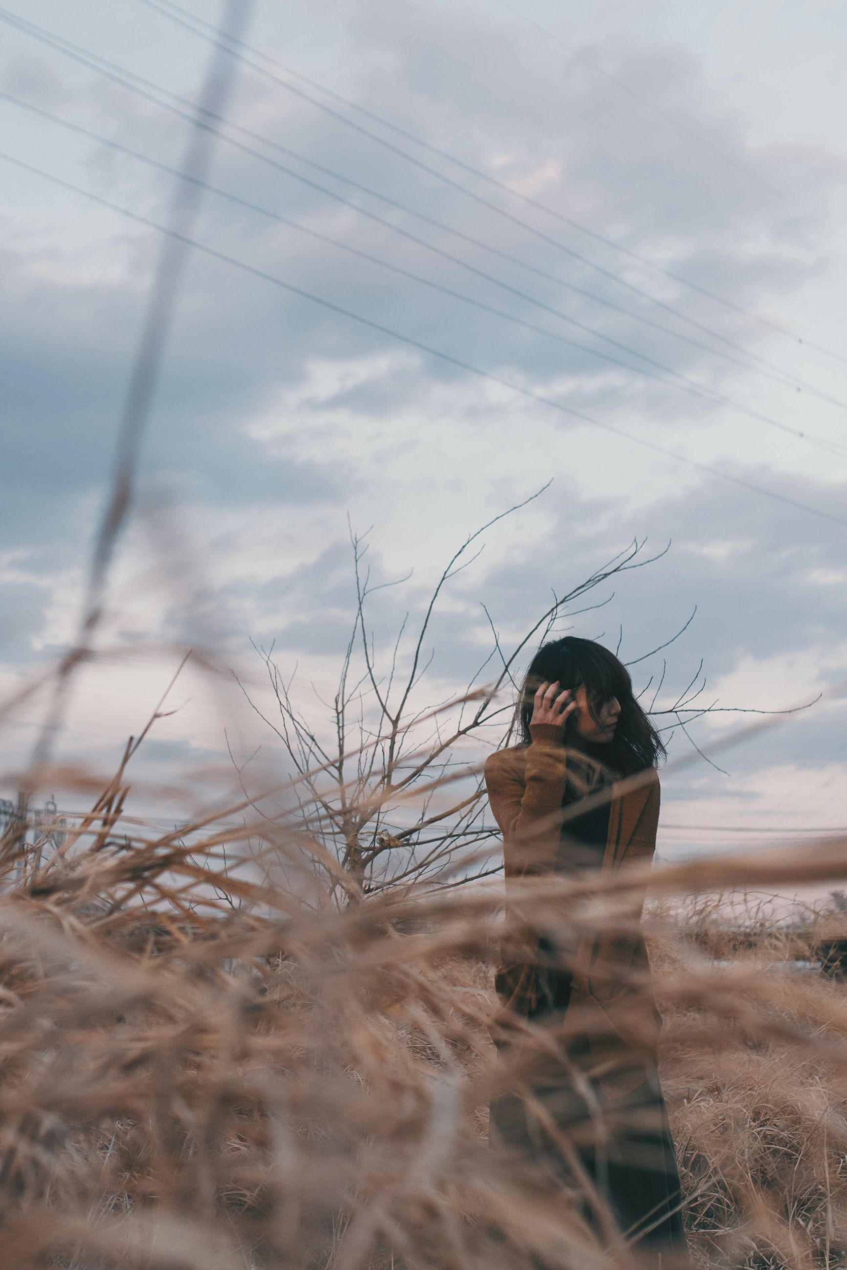 sky, one person, cloud - sky, outdoors, young women, cold temperature, young adult, day, nature, real people, pets, mammal, animal themes, close-up, people