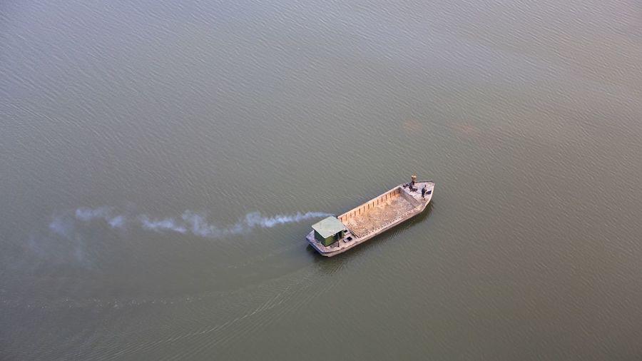 Nordkorea Kiesgewinnung Pjöngjang Water Nautical Vessel Transportation High Angle View Nature Sea