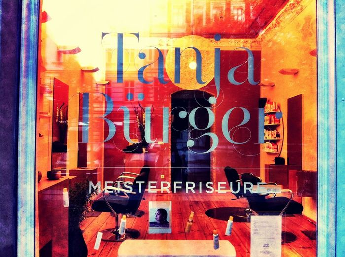 relaxing at Tanja Bürger Meisterfriseure Relaxing