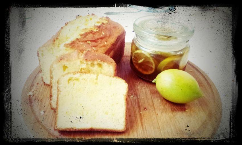 Lemon pound cake with my crazy friends :-)* Baked Poundcake Lemon Friends