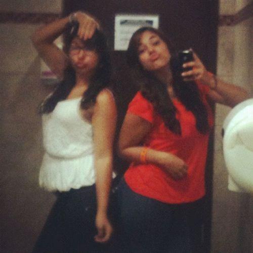 Somos cool xD Sisters
